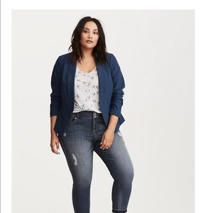 Torrid cutaway blazer in moonlight blue so 1x